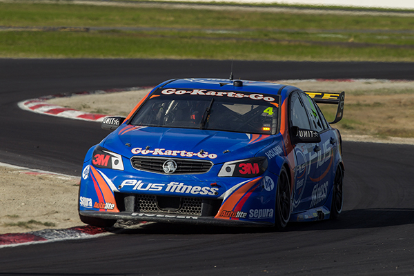 Weather calls an early end to Winton test.